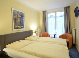 ALPHA Hotel Garni, guest house in Hamburg