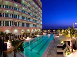 فندق ستيبريدج سويتس جزيرة ياس أبو ظبي، شقة في أبوظبي