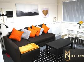 Beautiful/Homely 2 bed flat in Birmingham City Centre with Free Car Parking, pet-friendly hotel in Birmingham