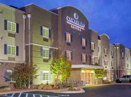 Candlewood Suites Milwaukee Airport - Oak Creek, hotel near General Mitchell International Airport - MKE, Greendale