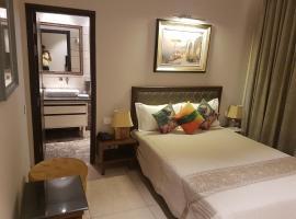 Hotel Kasauli Regency, hotel in Kasauli