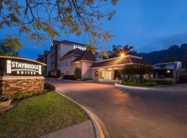 Staybridge Suites Monterrey San Pedro, an IHG hotel, отель в городе Монтеррей