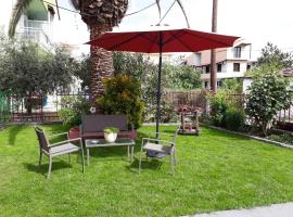 Studios Finikes, B&B in Limenas