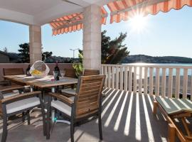 Ante, self catering accommodation in Trogir