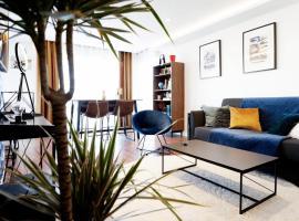 Appartement luxueux vue mer - Luxurious flat sea front, hotel in Ouistreham