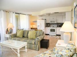 San Marco Residences #507 - 1 Bed Direct Beach Access, beach hotel in Marco Island