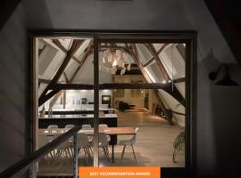 Burgstraat 17 Exclusive Patrician House in Medieval Ghent, B&B in Gent