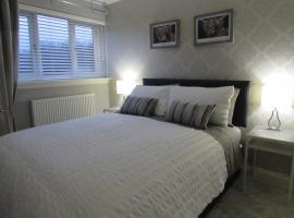 Levenview Holiday Apartment Loch Lom, apartment in Balloch