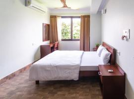 Yaksha Holiday Home, hotel near Bagdogra Airport - IXB, Siliguri