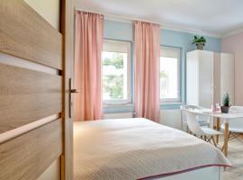 Apartament Gałązka Jabłoni, self catering accommodation in Duszniki Zdrój