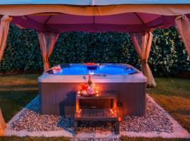 Villa Roko- the spacious luxury, hotel with jacuzzis in Trogir