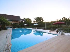 OYO 619 Water Palm Resort, Hotel in Ban Chao Nam