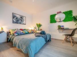 Privāta brīvdienu naktsmītne Green Garden & Parking Apartments Rīgā