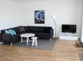 StayPlus Exclusive Seafront Holiday Home, feriebolig i Kristiansand