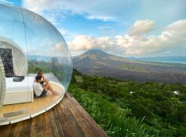 Basecamp Bali - Eco Luxury Bubble Hotel, glamping site in Kintamani