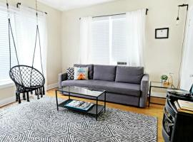 1920s Urban Charm SHELTER IN PLACE HERE!, apartment in Dallas