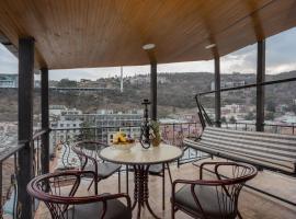 Sololaki Sweet Apartment, pet-friendly hotel in Tbilisi City