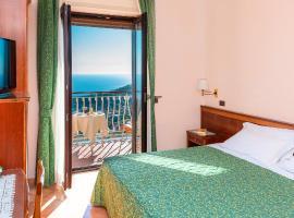 Hotel Montana, hotel a Sant'Agata sui Due Golfi