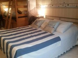 Charmant appartement atypique, budget hotel in Villers-sur-Mer