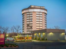 Crowne Plaza Saddle Brook, an IHG Hotel, hotel in Saddle Brook
