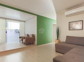 O melhor apartamento em frente ao Parcão, apartment in Porto Alegre