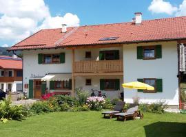Gästehaus Attenhauser, guest house in Unterammergau