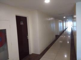 OYO 90040 118 Motel, hotel in Kuah