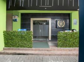 OYO 2971 W&w Executive Hotel, hotel di Bekasi