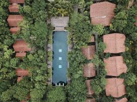 Pilgrimage Village Boutique Resort & Spa, hotel in Hue