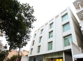 OYO 72233 Zion Inn, hotel near Lal Bahadur Shastri International Airport - VNS, Varanasi