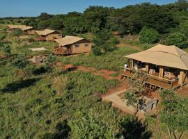 Hluhluwe Bush Camp, luxury tent in Hluhluwe