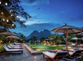 Riverside Boutique Resort, Vang Vieng, מלון בואנג ויינג