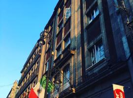 Hostel Mundo Joven Catedral, hostel in Mexico City