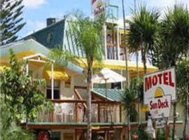 Sun Deck Inn & Suites, inn in Fort Myers Beach