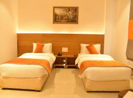 HOTEL ICON Rajpura, hotel in Rājpura