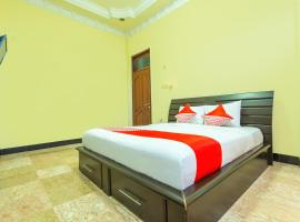 OYO 2848 Senaz Residence, hotel in Mataram