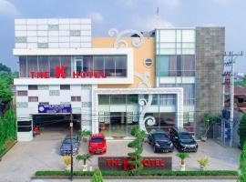 K Hotel, hotel in Medan