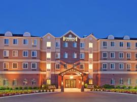 Staybridge Suites Rochester University, hotel with jacuzzis in Rochester