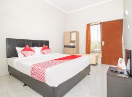 OYO 2984 Berlian House Ungasan, hotel near Garuda Wisnu Kencana, Jimbaran