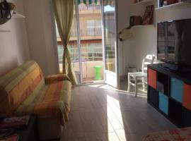 Appartement Antibes Centre proche mer et commerces 60M2, pet-friendly hotel in Antibes