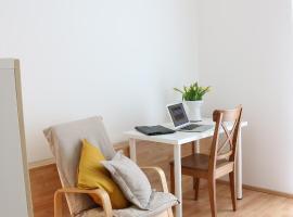 a-domo Apartments Essen - Moderne 2 Zimmer Wohnungen in Citynähe - Ideal für 1 - 4 Personen - Langzeitmiete sowie Kurzzeitmiete, self catering accommodation in Essen