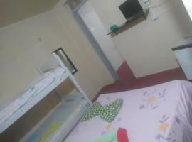 suítes mobiliadas!!!, hotel in Fortaleza