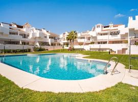 Posh Holiday Home in Huelva with Swimming Pool, Hotel in Huelva