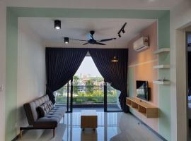 Family & Group Superb Pool View PG Sentral 8pax, apartment in Butterworth