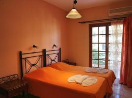 Apartments Villa Eleni, pet-friendly hotel in Plataniás