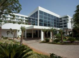 Radisson Blu Plaza Hotel Hyderabad Banjara Hills, hotel in Hyderabad