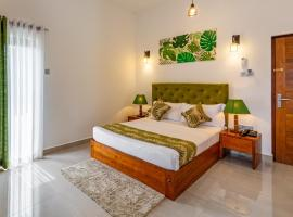 J Leaf Hotel, hotel in Negombo