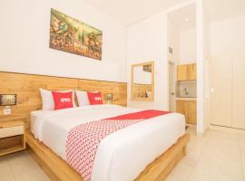 OYO 3161 Dayuni Guest House, hotel in Denpasar
