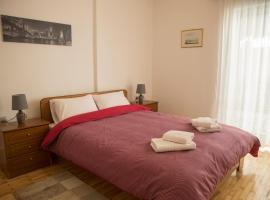 Spiri's House-Deluxe Apartment in Kalabaka-Meteora, apartment in Kalabaka
