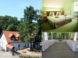 Hotel Zur Waldhufe, hotel Doberlug-Kirchhainban